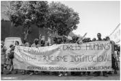 Pancarta Assemble Solidària contra els desallotjaments: Per la dignitat i els drets humans