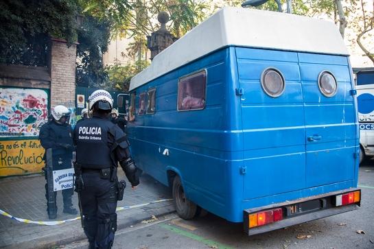 Desalojo Can Botxí / Sandro Gordo 2013 - 003
