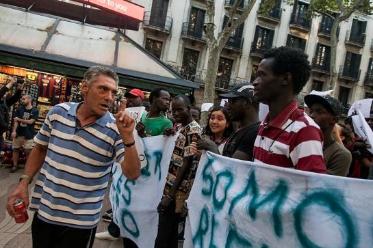 003_Racismo Señala_Enfrentamiento - Mani Top Manta [08.08.2015]_web