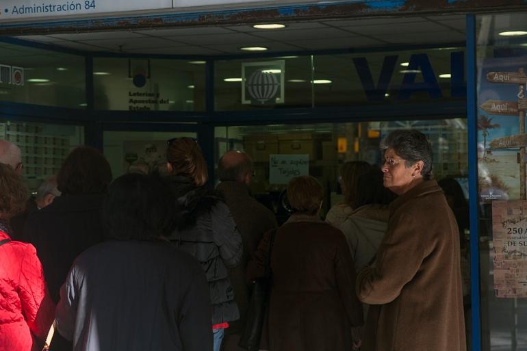 03_Valdés Loteria Señora_Raval Street