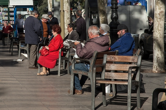 10_Mujer de rojo Ramblas_Raval Street