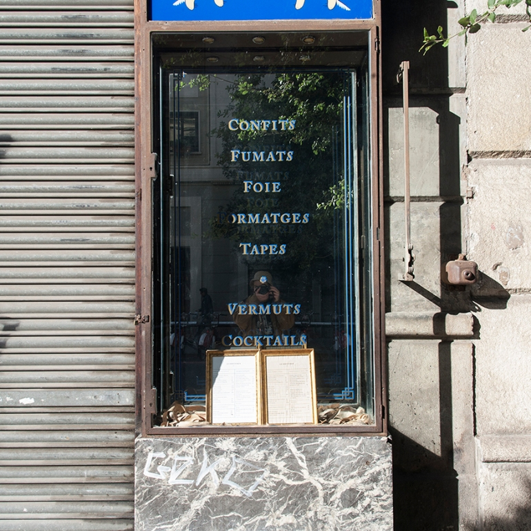 14_Autoretrato_Tapas_Espejo_Raval Street