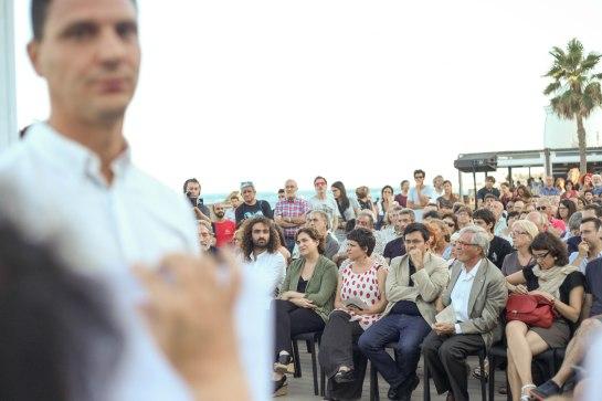 Acción protesta_Refugiados_Colau (1 de 10)